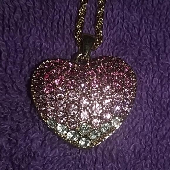 Rhinestone Heart Pendant Necklace